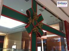 christmas-decoration-windows-display